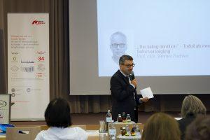 Dr. Stefan Scherg führte souverän und sympathisch durch das Programm der zweitägigen Fachtagung.