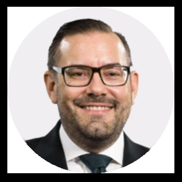 """""""Einfache Anwendung mit guten Handhabungseigenschaften. Das Weichgewebe reagiert sehr gut auf das Material, keine Fremdkörperreaktion bei meinen Patienten. Ein vorteilhaftes und vielversprechendes Material.""""– Dr. Bastian Wessing, Deutschland"""