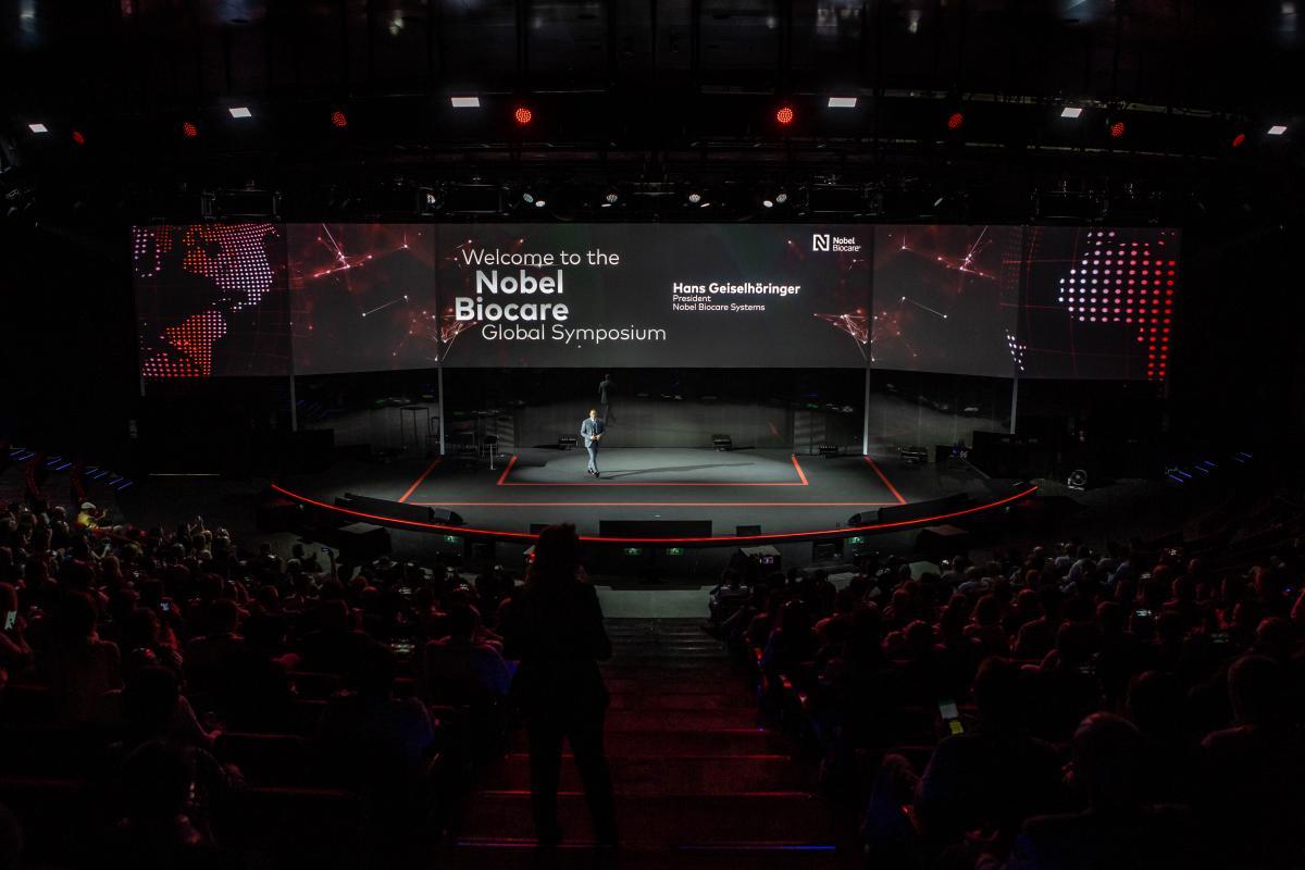 Über 1.000 Teilnehmer aus der ganzen Welt besuchten das Symposium